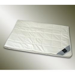 Одеяло летнее с наполнителем из шелка Сари Суперлайт - Sari Superlight (Германия)