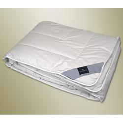 Одеяло всесезонное с наполнителем из верблюжьей шерсти Brilliant — Бриллиант Uno (Германия)