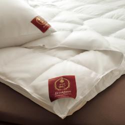 Одеяло пуховое всесезонное Карат - Carat, Германия